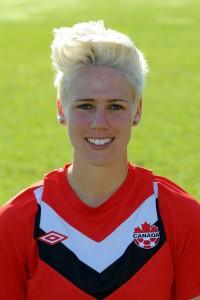 Sophie Schmidt - hia mett eare Kanada-Trikot.